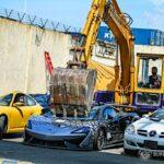 Újra illegálisan importált luxusautókat zúztak be a Fülöp-szigeteken – Toyota hírek
